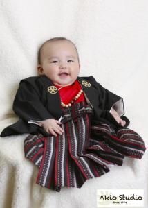 Tくんの初宮参り記念 黒い袴がお似合いでした 水天宮前写真館