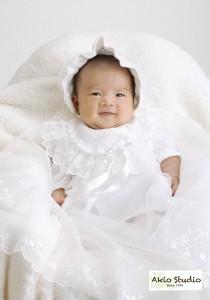 「生後1ヶ月でまだ笑顔がなかなか出せない時期でしたが…」お宮参り写真