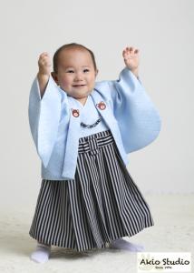 立っちできたよ〜 1歳お誕生日撮影 大田区よりご来店ありがとうございます